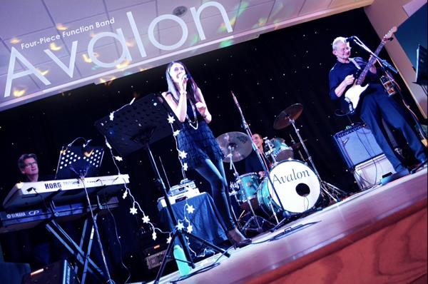 Avalon - Function Band - Live Music - Steve Allen Entertainments Peterborough