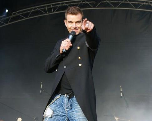 Matt as Robbie
